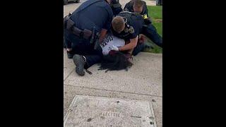 Polizist in Kentucky schlägt auf Demonstrant ein