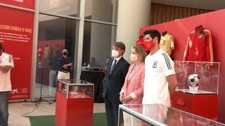 CAIXABANK La RFEF y CaixaBank inauguran una exposición conmemorativa de la Selección
