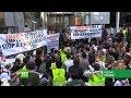 AMAZON.COM INC. - Des ONG et des Gilets jaunes bloquent le siège d'Amazon France