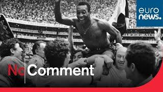 """Exposition en l'honneur du """"Roi"""" Pelé au Musée du football de Sao Paulo"""