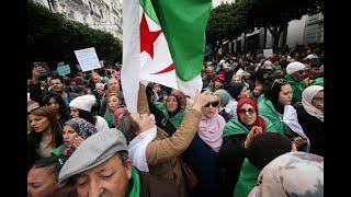 """En direct : conspué par la rue, le nouveau président algérien """"tend la main"""" aux contestataires"""