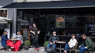 """""""Endlich wieder echte Tassen"""": Dänemark öffnet Restaurants und Cafés"""