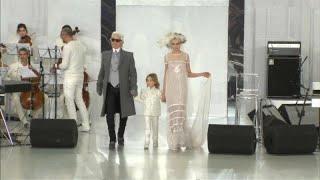 Mundo reage à  morte de Karl Lagerfeld
