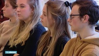 Praten over burn-outs: speciale lessen psychische gezondheid op school - RTL NIEUWS