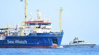 Malgré l'interdiction, le Sea-Watch 3 entre dans les eaux italiennes