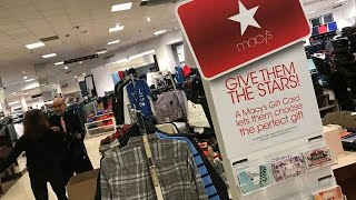 MACY S INC Macy's reports weak holiday sales