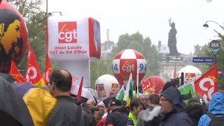 Réformes des retraites : ultime bras de fer avant Noël entre syndicats et gouvernement