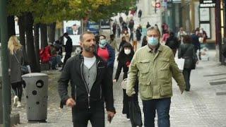 Covid-19 : l'Europe centrale réagit à son tour face à la vague épidémique