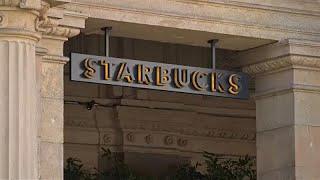STARBUCKS CORP. Starbucks ose le pari italien à Milan