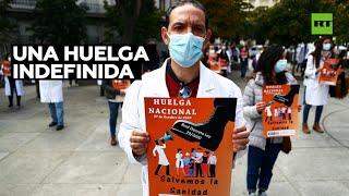 Los médicos de toda España comienzan una huelga indefinida por primera vez en 25 años