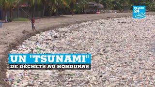 """Un """"tsunami"""" de déchets sur une plage du Honduras"""