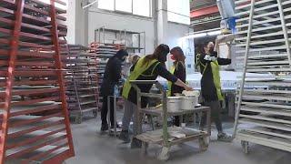 Una vita nella ceramica: operai licenziati diventano imprenditori