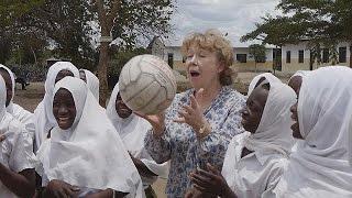 COTTON Premio WISE 2014 alla britannica Ann Cotton, fondatrice di CAMFED - learning world