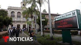 Investigan una denuncia de agresión sexual de una joven en el baño de una escuela de Los Ángeles