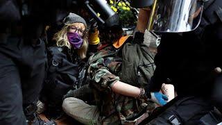 Portland : 13 personnes interpellées dans une manifestation des deux extrêmes