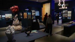 BEAZLEY ORD 5P Modern designs vie for Beazley award in London