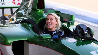 Supercar Blondie: How to drive an F1 car with 1-hour training