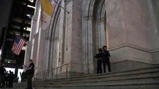 GASOL Paura a St. Patrick, un uomo entra in cattedrale con due taniche di gasolio