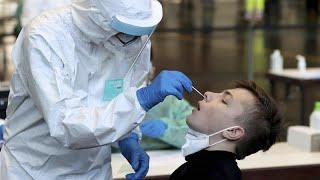 """""""Les vaccins ne signifient pas zéro Covid"""", prévient l'OMS"""