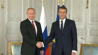 Emmanuel Macron reçoit Vladimir Poutine au fort de Brégançon : de quoi vont-ils parler ?