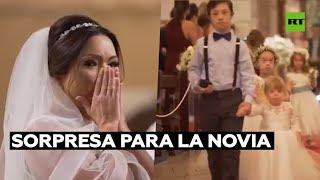 Sorpresa para la novia: sus estudiantes con síndrome de Down le llevan los anillos al altar
